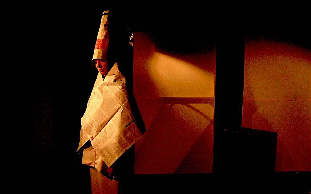 Möbus als Duchamp in 100 Jahre Dada