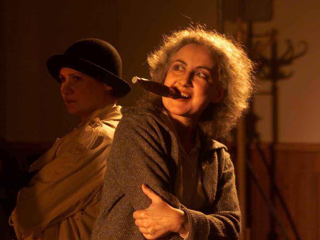 Echt Brecht im Theater am Sachsenring Köln